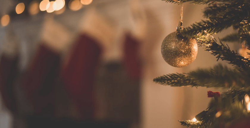 How to Incorporate Holiday Cheer in Your Logo
